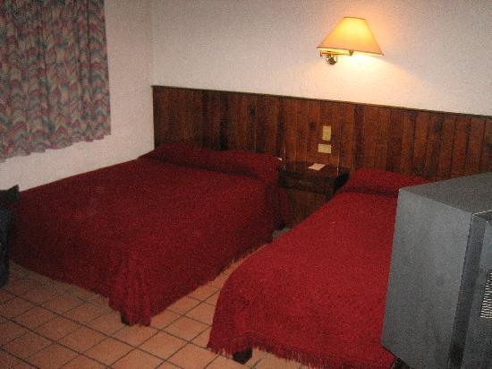 Parador de la Montana: My Room - Bedroom