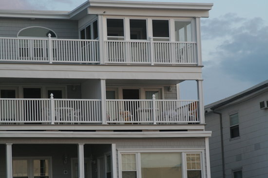 The Beach House: our second floor room