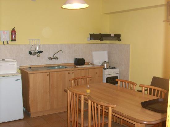 Sunseeker Holiday Complex: kitchen