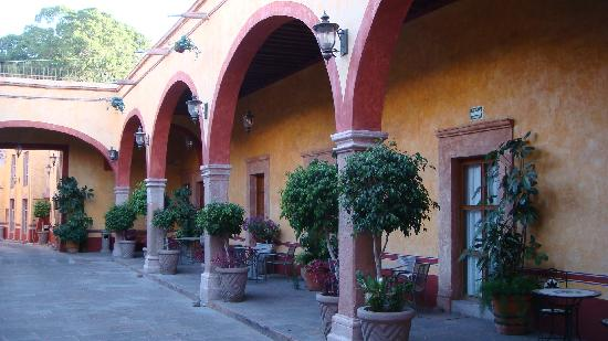 Hotel Quinta Santiago: L'accès aux chambres