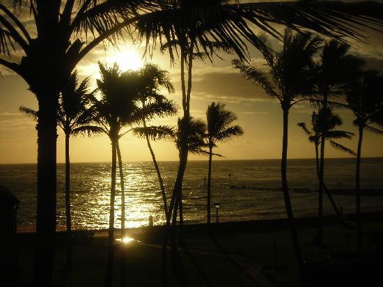 Pono Kai Resort: sunrise at Pono Kai