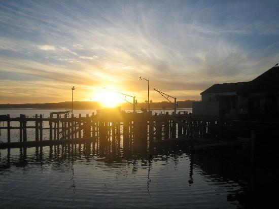 Bodega Coast Inn & Suites: Bodega Bay Sunset