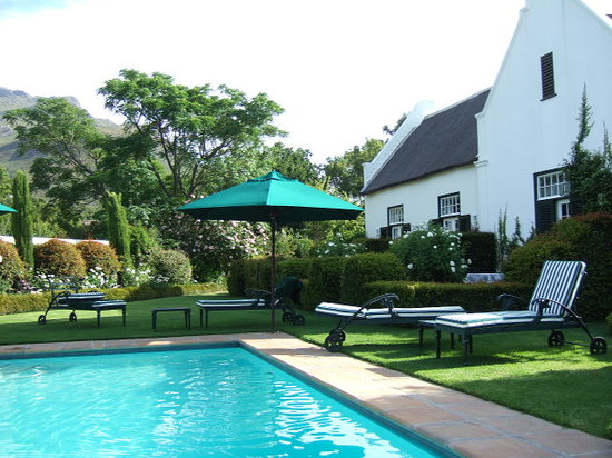 Van der Stel Manor: Pool area