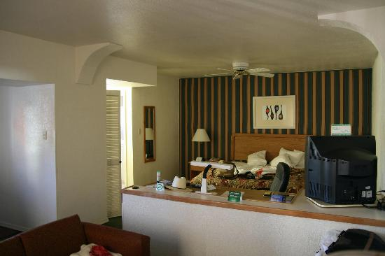Holiday Inn Hotel & Suites Chihuahua : La chambre