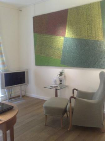 Hotel Parc Beaux-Arts Hotel Luxembourg : Living Room View 1