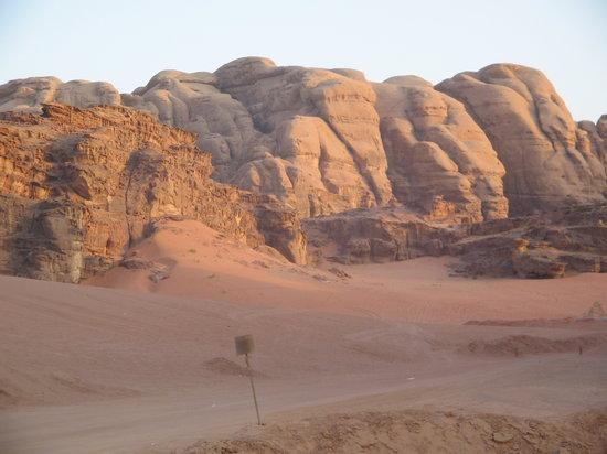 Jordan: Desierto Wadi Rum