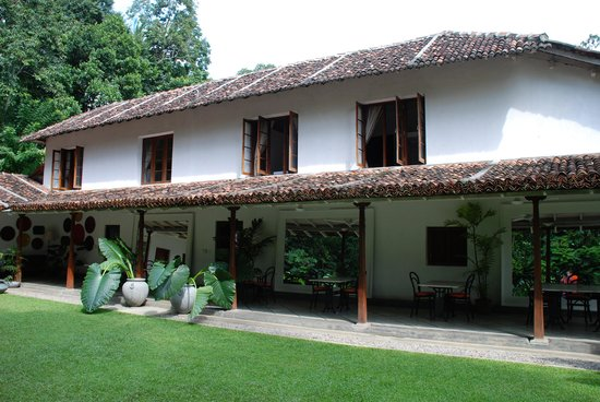 The Kandy House: Dining terrace