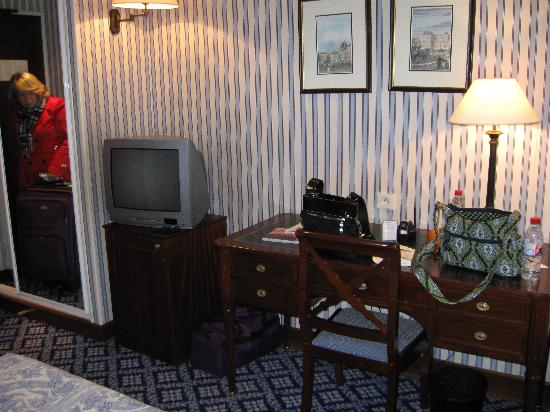 Hotel Le Pierre: interior of room #3