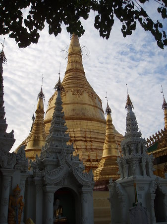 Yangon (Rangoon), Burma: Minor Stupas