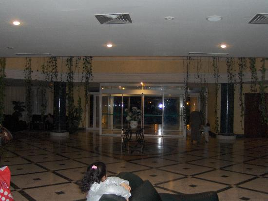 Majesty Golf Hotel: le hall
