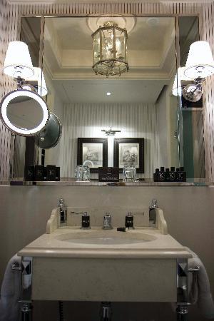 Hotel Keppler: Classic bathroom
