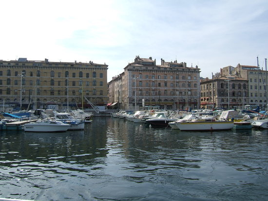 Marsella, Francia: Leaving the Port of Marseille
