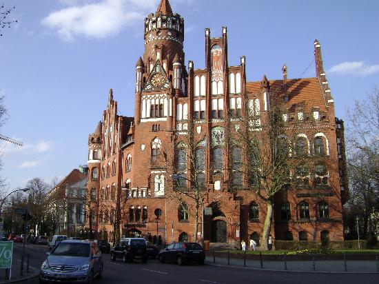 Hotel Am Wilden Eber: Rathaus Schmargendorf