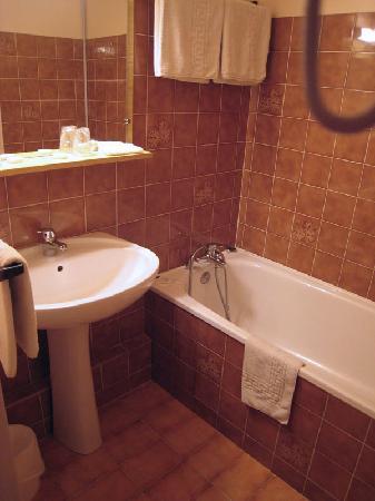 Citotel Hotel d'Avallon Vauban : Bathroom in Hotel d'Avallon Vauban
