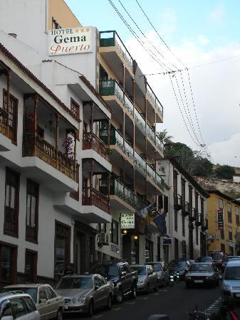 Hotel Gema Puerto: Outside