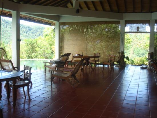 Kitulgala, Sri Lanka: The spacious, gracious verandah