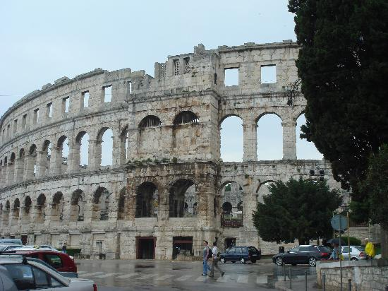 Istria, Kroatien: Arena (Colosseum) in Pula