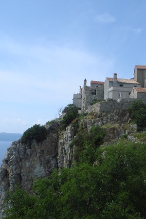 Istrien, Kroatien: 4000 year old town of Lubenice on the Island of Cres