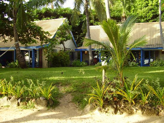 Malolo Island Resort: The bures