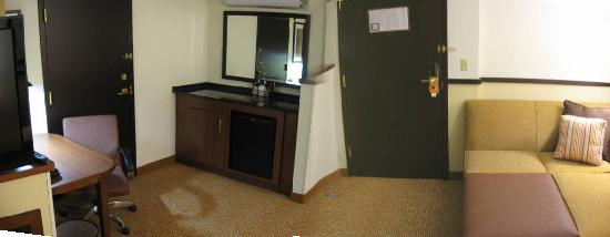 Hyatt Place Dallas/North Arlington/Grand Prairie: room pano
