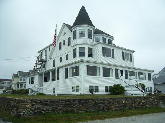 The Breakers Inn: The Property itself