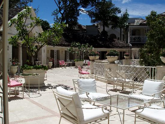 Sandy Lane Hotel: The Sandly Lane Hotel terrace