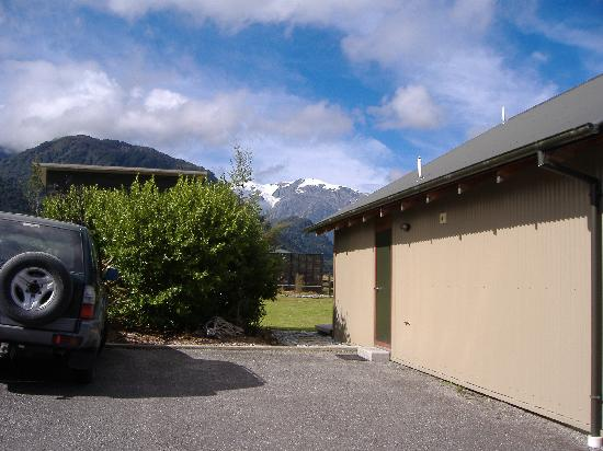 Glenfern Villas Franz Josef: View from Chalet