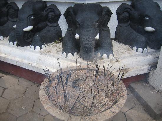 Hotel Susanthas: Tempelbesuch