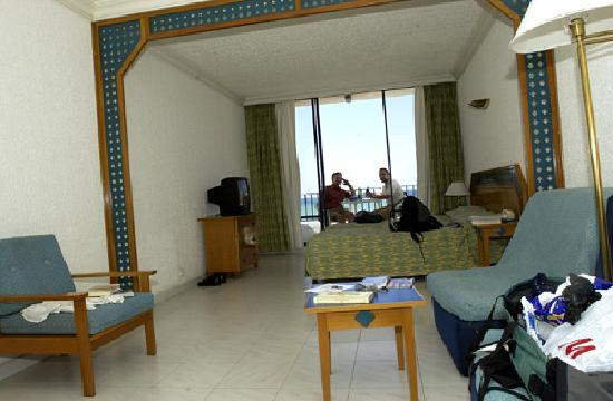 تعليقات حول فندق Cote d'Azur de Cham Resort - Lattakia ...