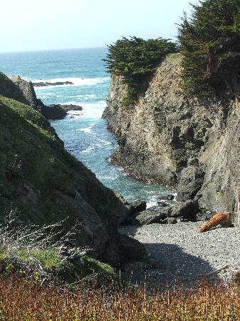 Glass Beach Inn: Fort Bragg Coastline
