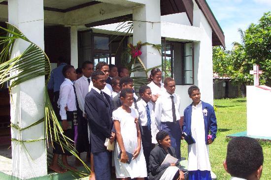 Navutu Stars Fiji Hotel & Resort: Children after Palm Sunday service in the Yaqeta village