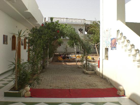 ‪‪Pearl of South Sinai‬: The court yard‬