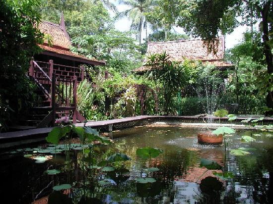Le Paradis Boutique Resort & Spa: The garden setting