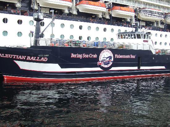 Bering Sea Crab Fishermen's Tour : The Aleutian Ballad
