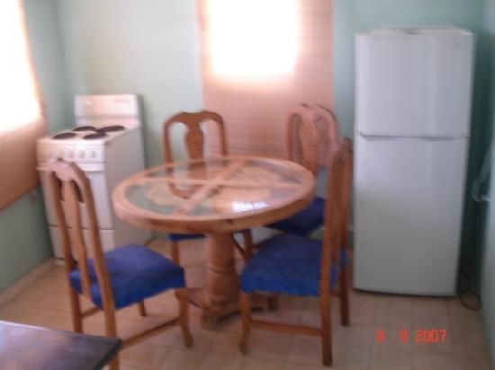Mont Caribe Guesthouse : fully equiped kitchen