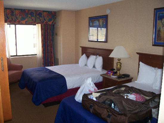 Harrahs south premium 10th floor, 2 double beds
