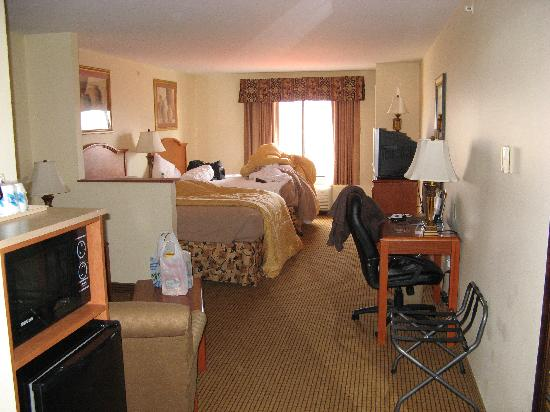 Comfort Suites Wytheville: We had the 2 bedroom suite, very nice