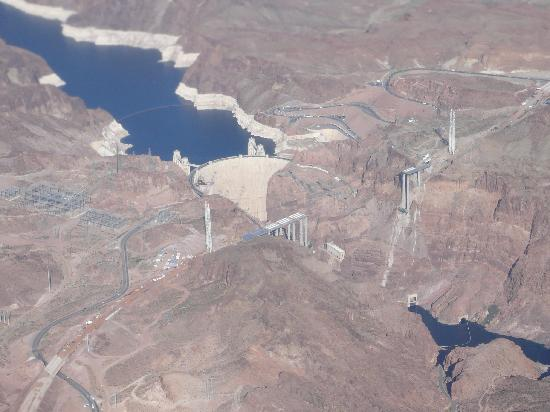 Vision Holidays Day Tours: Hoover Dam from the plane