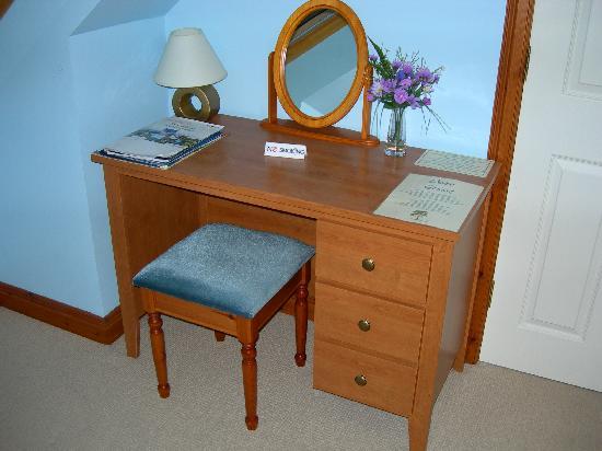Burntree House Bed & Breakfast: our room