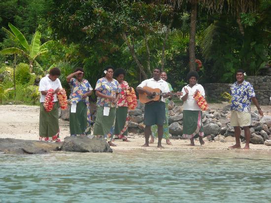 Navutu Stars Fiji Hotel & Resort: Fijian Welcome