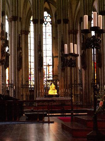 Kölner Dom: interior of the Cathedral