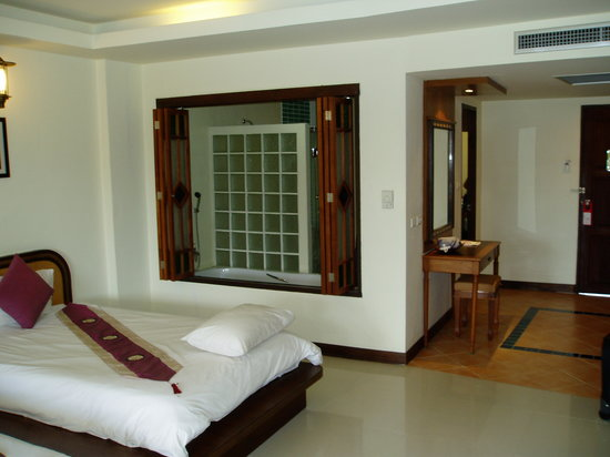 Khaolak Orchid Beach Resort: spacious rooms