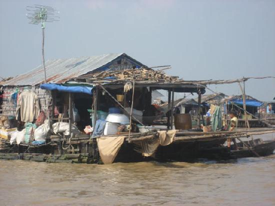 Borei Angkor Resort & Spa: Floating home