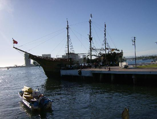 Pirate Ship Booze Cruise Picture Of Marival Resort Suites - Pirate ship booze cruise