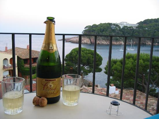Hotel Aiguablava : have a drink and enjoy the view