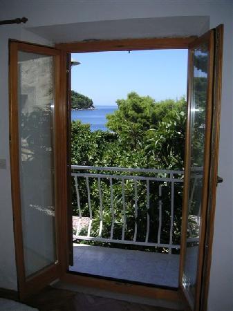 Villa Andro apartments: Balcony door