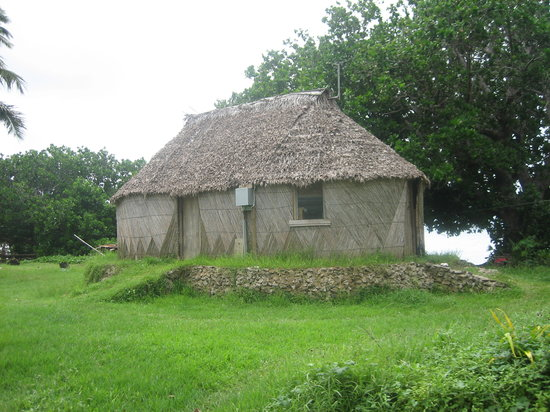 Fiyi: Traditional style bure hut