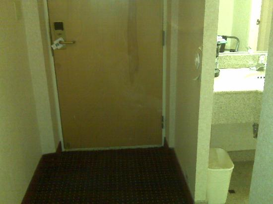 Quality Inn & Suites: the cleanest part of the room