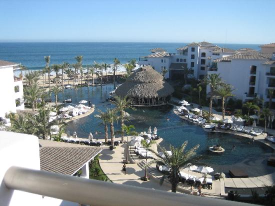 Cabo Azul Resort: Pool/ Ocean view from villa 2603