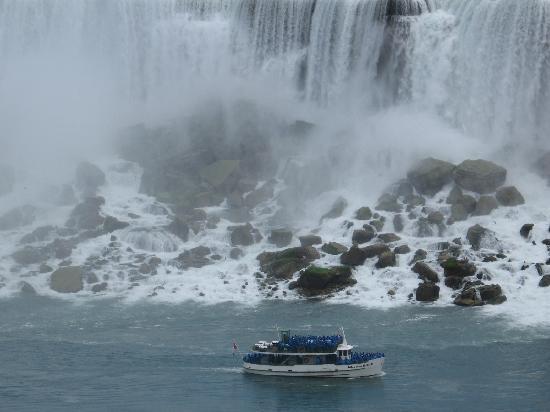 Niagara Falls: Maid of the Mist